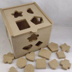 Cubo didáctico de encastres con 13 bloques